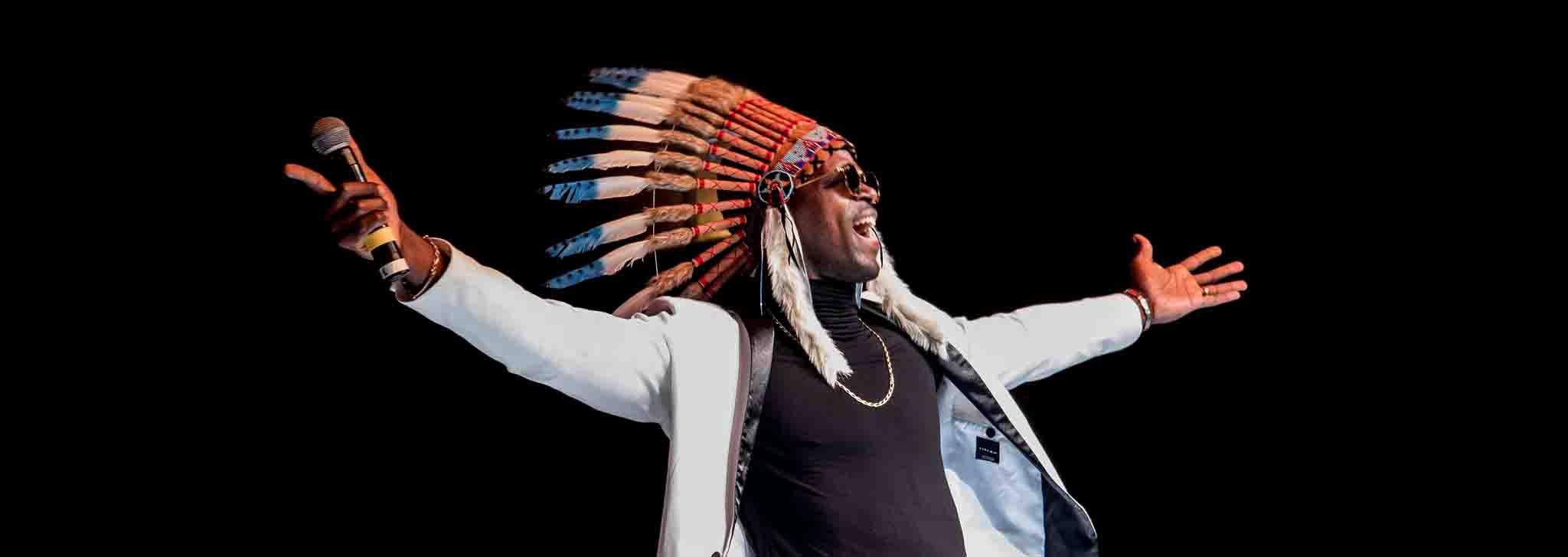 danse, danseur, animateur, présentateur, speaker, battle hip hop, battle breakdance, culture hip hop, jamiroquaï, indien, apache, rodrigue lino,